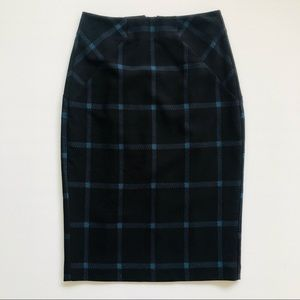 Classy Cue City Pencil Skirt Black with blue